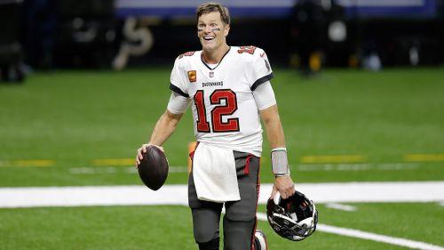 Brady se muestra feliz tras superar a los Saints en la Ronda Divisional