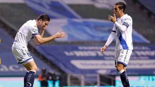 Santiago Ormeño festeja el gol del empate