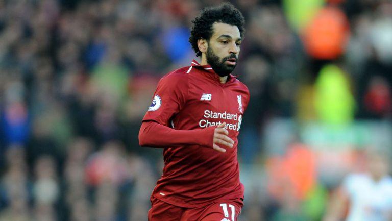 Salah disputa un duelo con el Liverpool en Premier