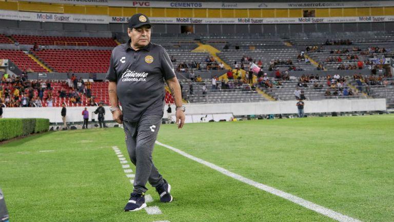 Maradona durante un encuentro de Copa MX