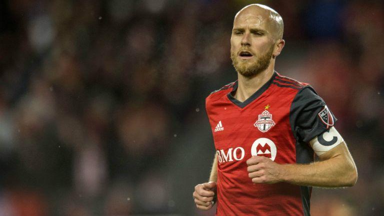 Michael Bradley durante un partido con Toronto FC