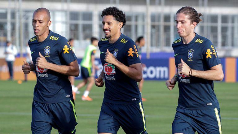Filipe Luis, en entrenamiento de Brasil