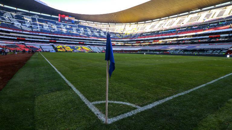Cancha del Estadio Azteca en óptimas condiciones