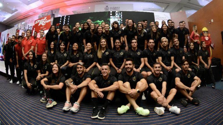 Jugadores de Juárez FC presentan playeras