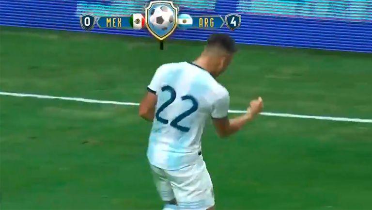 Lautaro celebra su tercer gol contra México