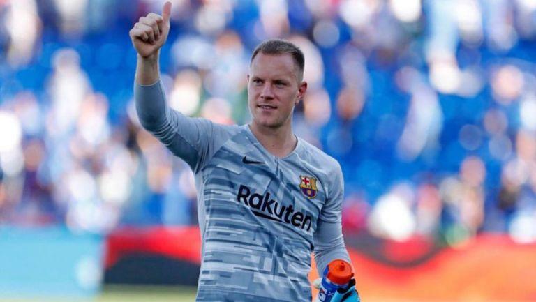 Ter Stegen saluda tras un juego del Barcelona