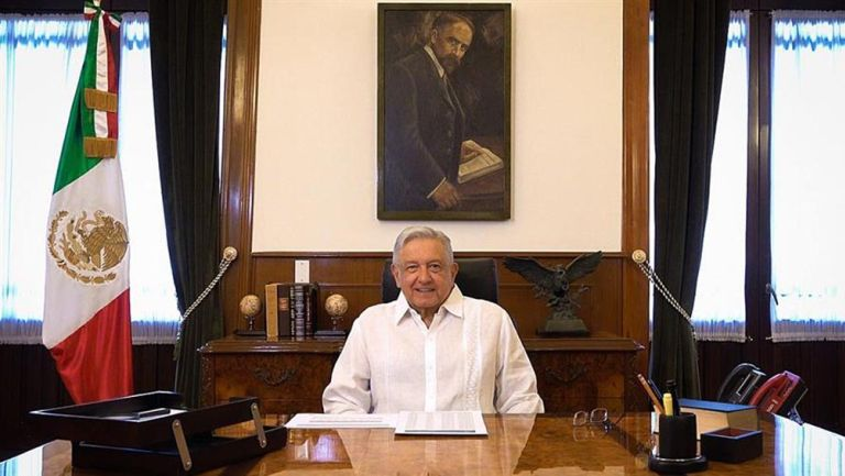 López Obrador da un discurso para los mexicanos