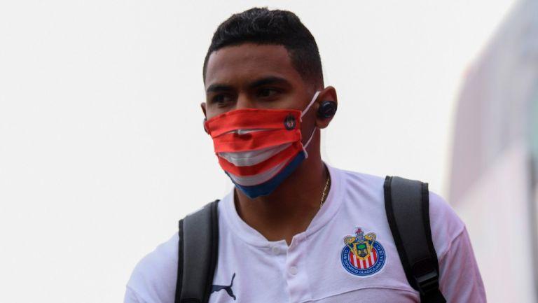 Tiba Sepúlveda previo a un partido de Chivas
