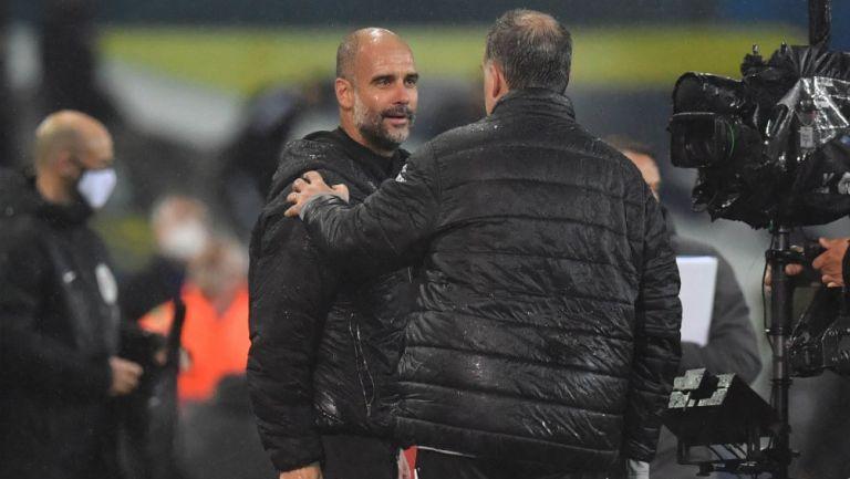 Premier League: Bielsa y Guardiola se fundieron en abrazo tras empate del Leeds y el City