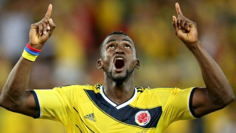 Jackson Martínez en destejo de gol