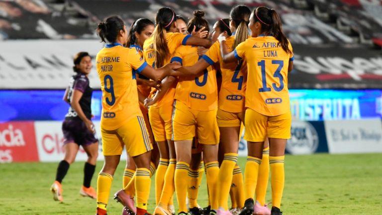 Tigres Femenil previo a un partido