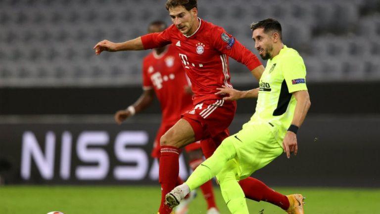Héctor Herrera en acción ante Bayern Múnich