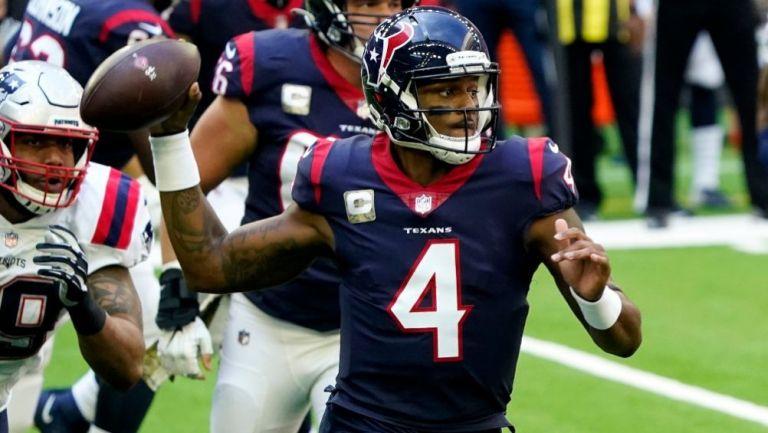 Deshaun Watson ante los Patriots de New England