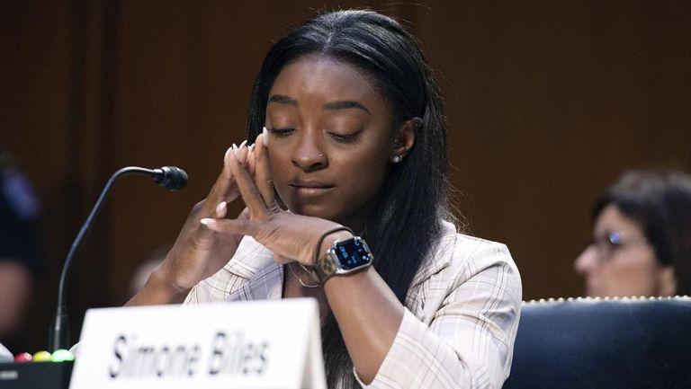 Simone Biles  al testificar en el Congreso de EU