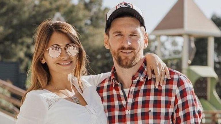 Antonela Roccuzzo junto a Messi